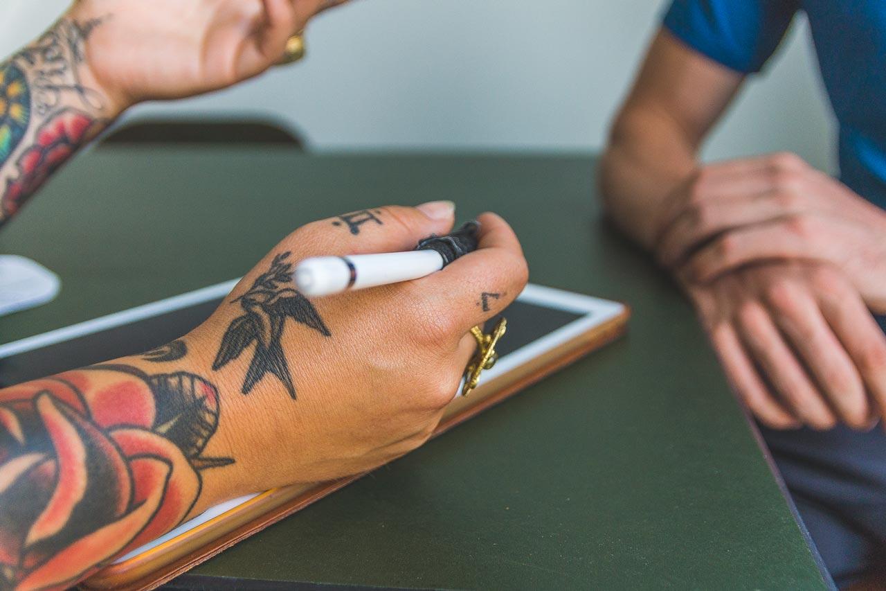 Blue Moon Tattoo - Beratung